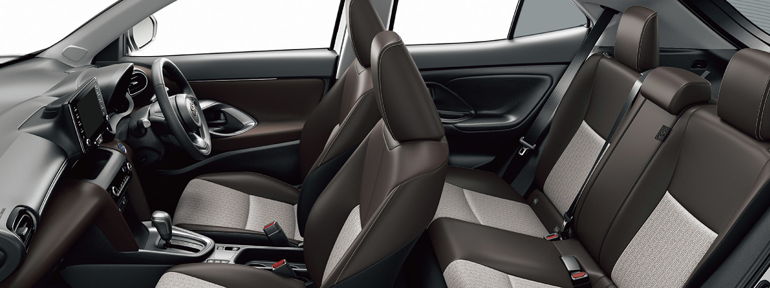 yariscross_interior_3_pc